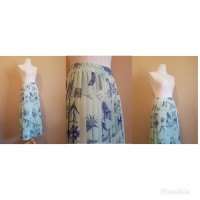 Green pleated skirt	 36 to 38